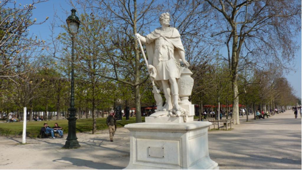 Statues des tuileries - Statue de jardin belgique ...