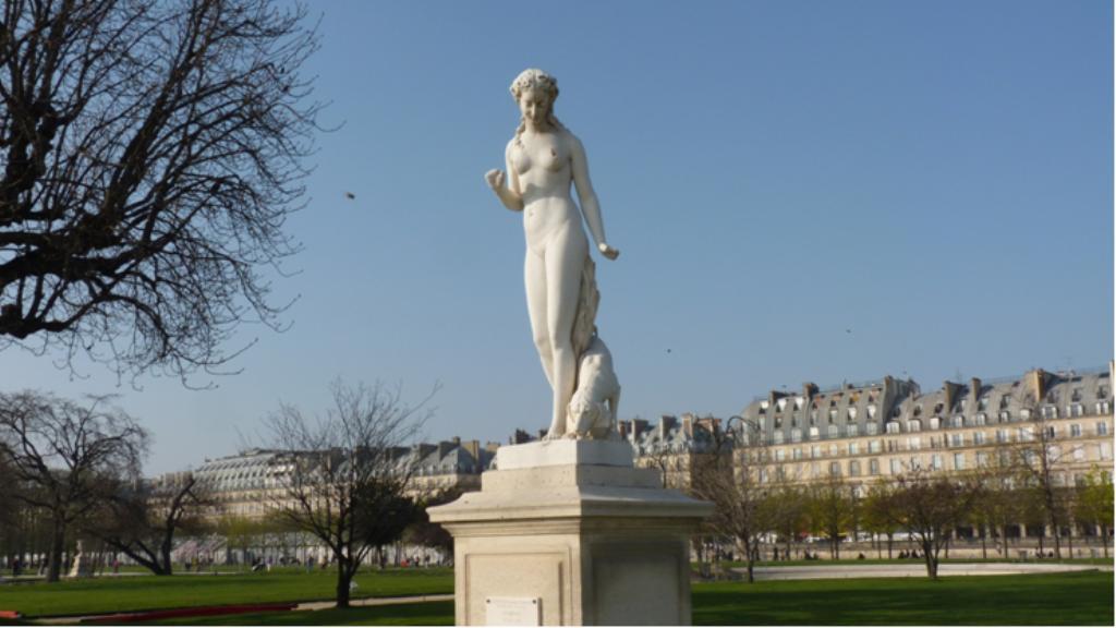 Les statues des tuileries la statue la nymphe - Statues jardin des tuileries ...