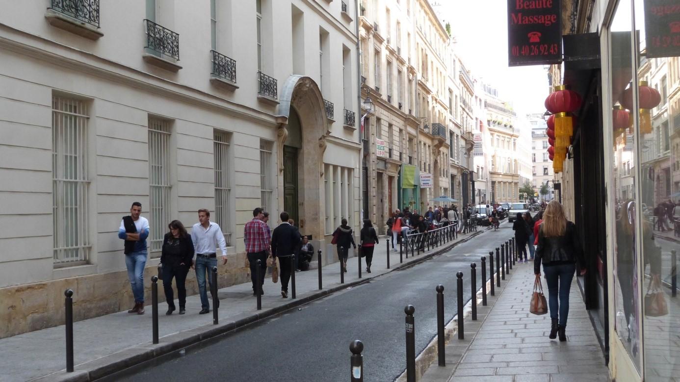 la rue des je u00fbneurs
