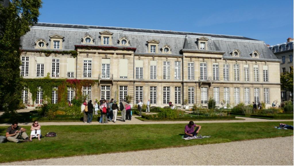 Les difices class s monuments historiques 4 me for Liste des hotels paris