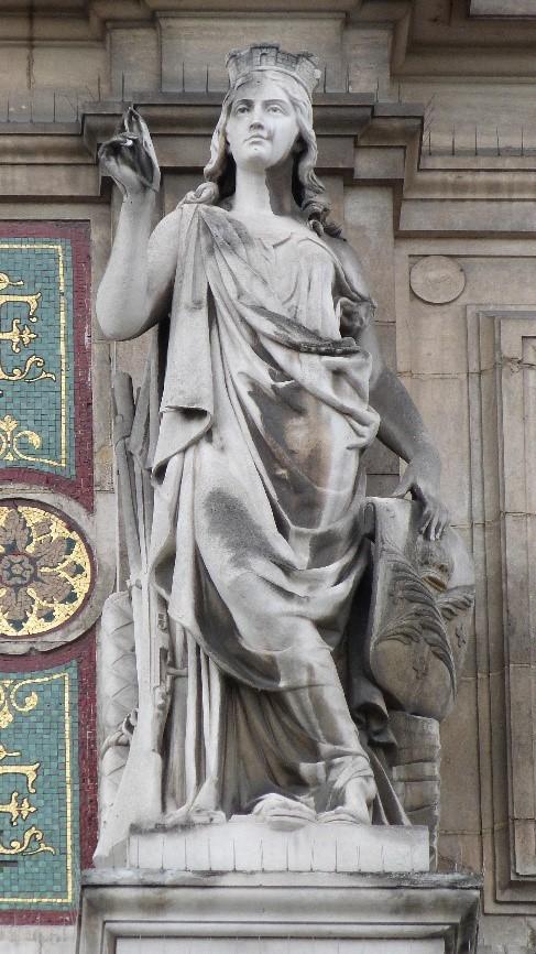Les statues de l 39 h tel de ville la statue de la ville de - Piscine saint etienne de saint geoirs ...