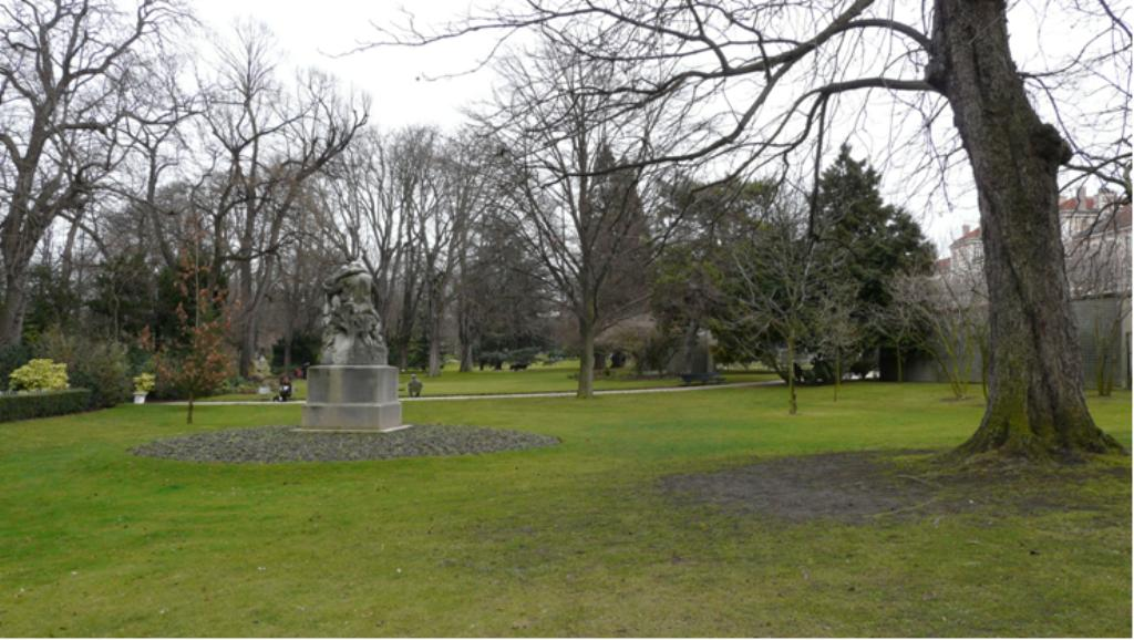 Le jardin du luxembourg for Au jardin du luxembourg