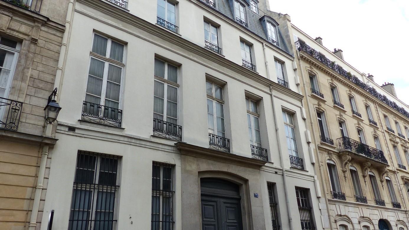 L 39 h tel chauvelin de crisenoy for Les noms des hotels