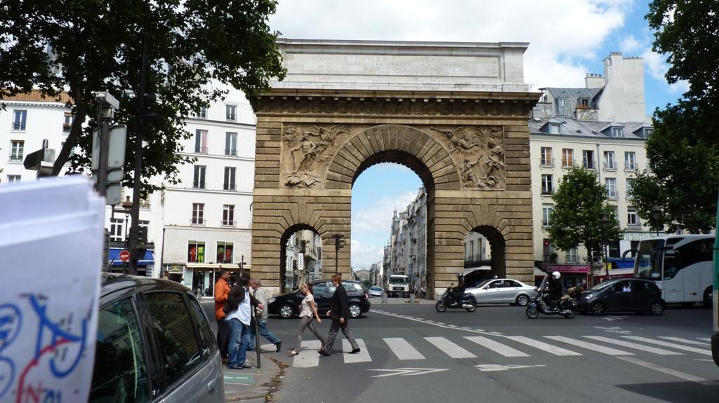 La porte saint martin for Porte saint martin