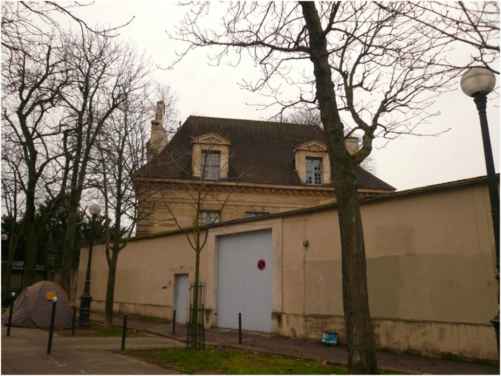 La maison du fontainier - La maison du canape paris ...