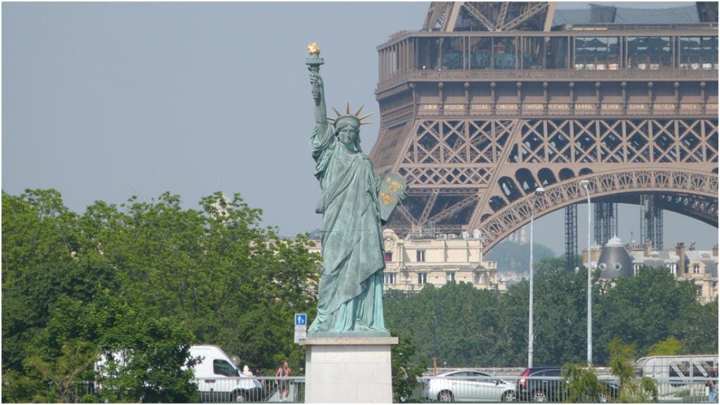 La statue de la libert - Statut de la ville de paris ...