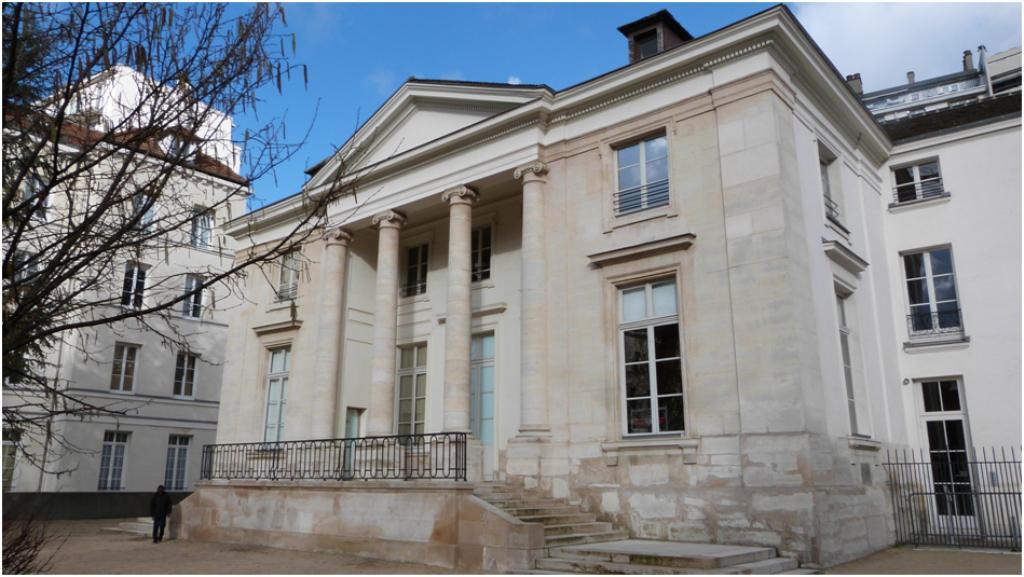 Villas et passages du xxe for Aurora maison de cuisine dallas