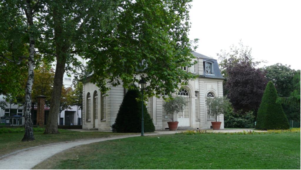 Le pavillon de l 39 ermitage - Quand tailler les charmes ...