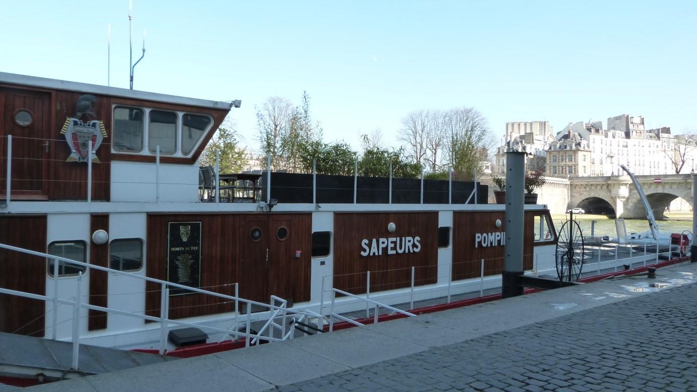 La brigade fluviale de sapeurs pompiers for Architecture ancienne