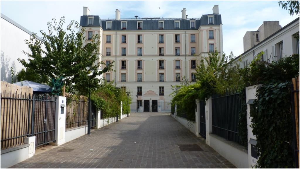 arrondissement 14. Black Bedroom Furniture Sets. Home Design Ideas